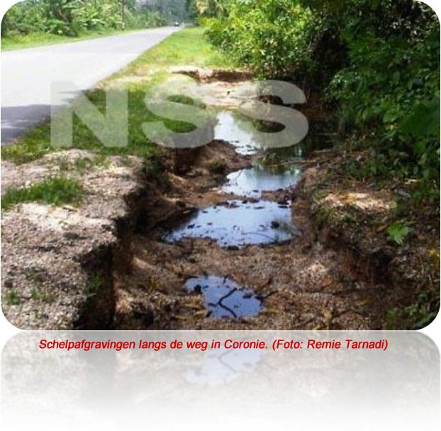 Illegale schelpafgravingen brengen verkeer in Coronie in gevaar